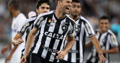 2e937e8c49 Botafogo vence o Sport por 2 a 0 no Engenhão e se afasta da zona de  rebaixamento