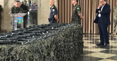 Intervenção entrega 700 novas armas para a Segurança do RJ