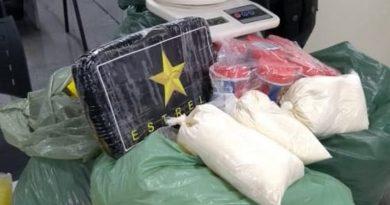 Polícia prende homem com 2 kg de cocaína em Campos