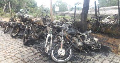 Incêndio destrói motos e bicicletas em Pádua